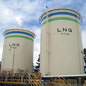 縦型LNGタンク(液化天然ガス)